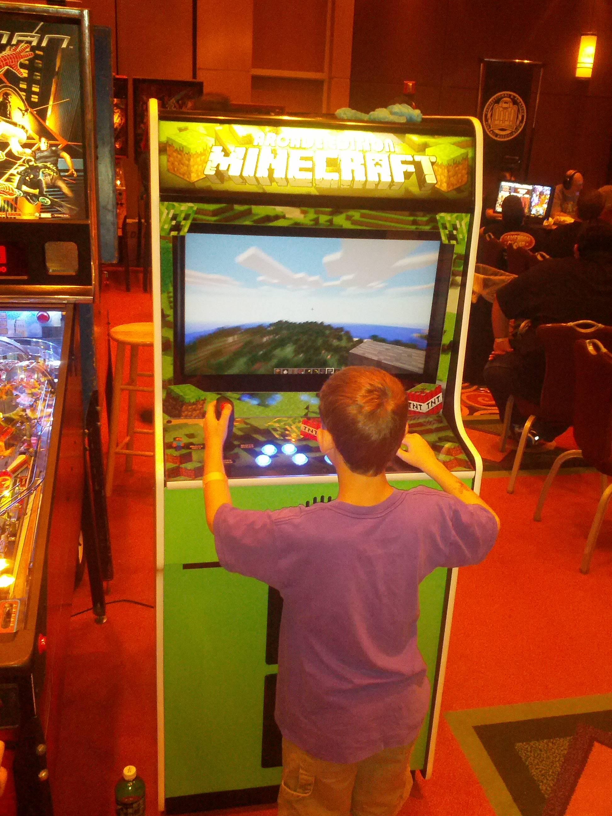 minecraft arcade machine